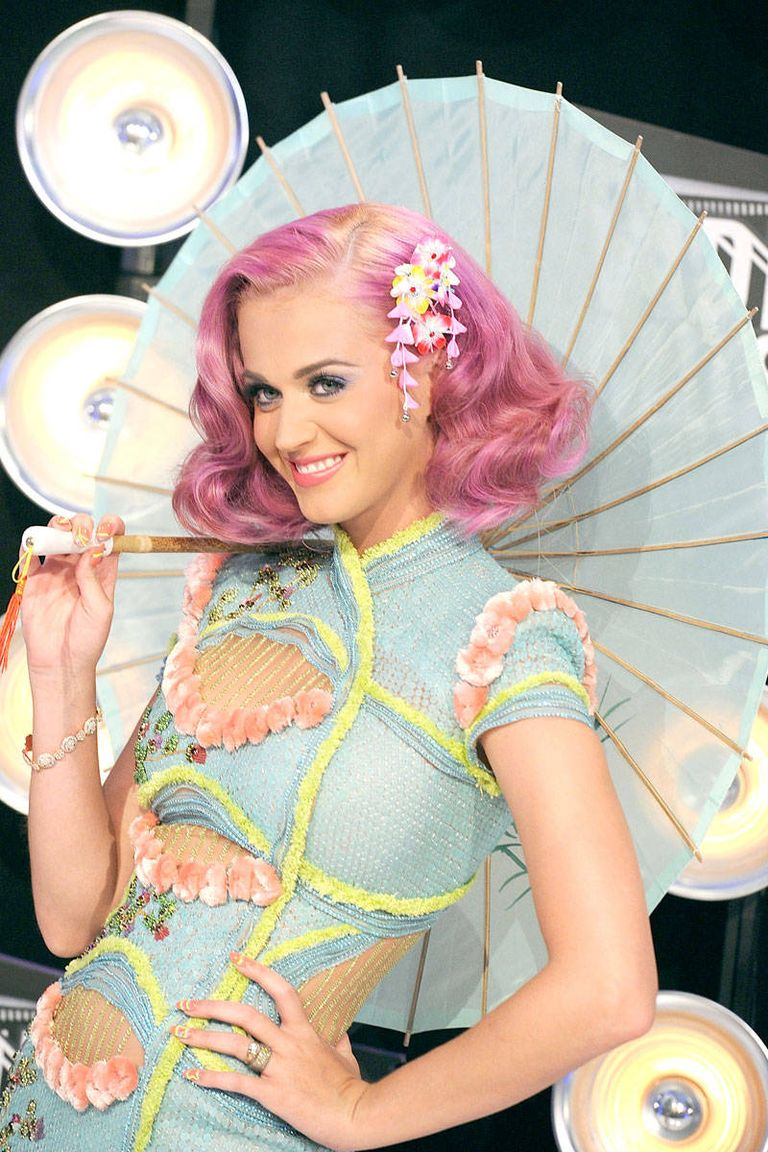 Transformasi Gaya Katy Perry dari Masa ke Masa, Nyentrik jadi Elegan