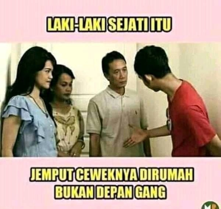 Kocak Abis! 10 Meme Sindiran Cowok Jemput Pacar di Depan Gang
