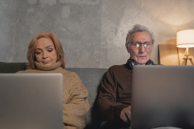 Ternyata, Ini Cara Orangtua Pasangan Pengaruhi Hubunganmu