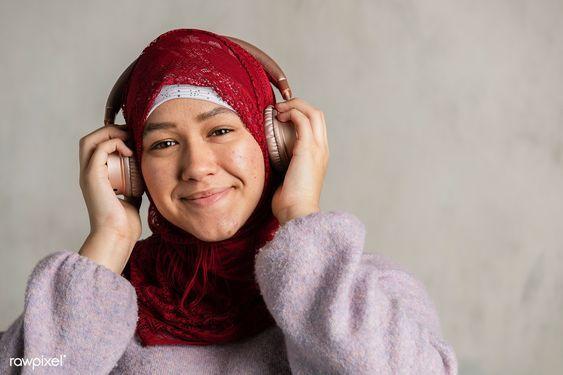 8 Lagu Religi Ini Wajib Masuk Playlist Musik Ramadan Kamu!