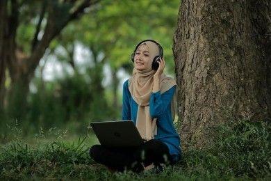 8 Lagu Religi Ini Wajib Masuk Playlist Musik Ramadan Kamu