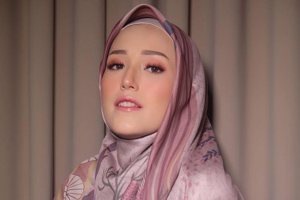 Potret Adelia Wilhemina yang Sukses Luluhkan Hati Pasha 'Ungu'
