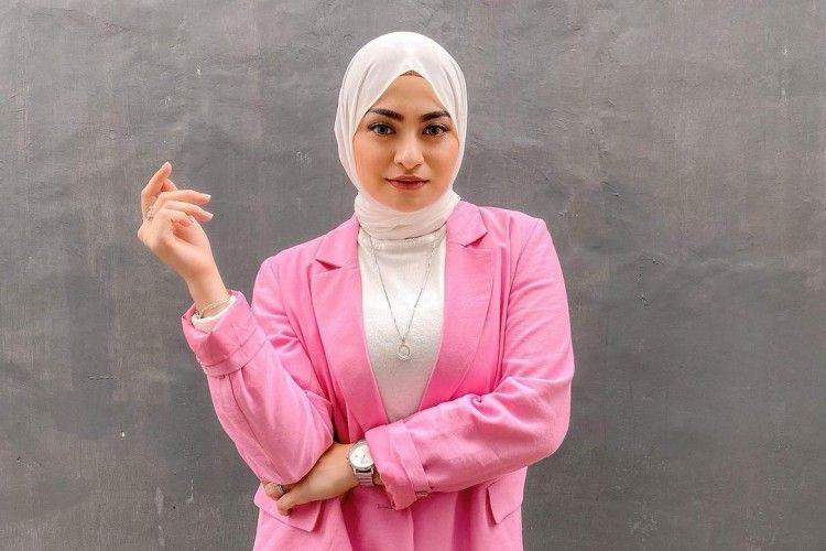 Intip Gaya HijabNathalie Holscher Setelah Menikah dengan Sule