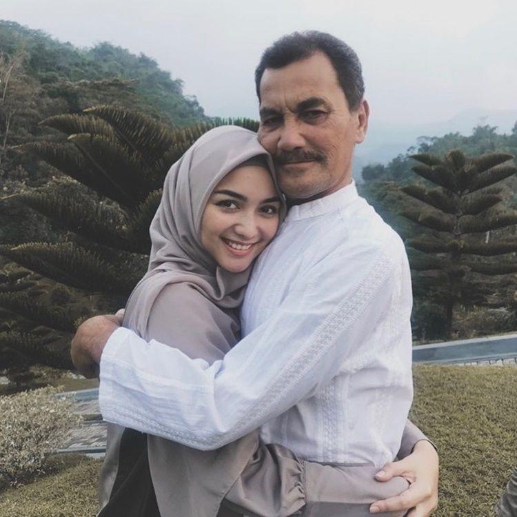 Sedih, 9 Momen Kenangan Citra Kirana dan Ayahnya Sebelum Meninggal