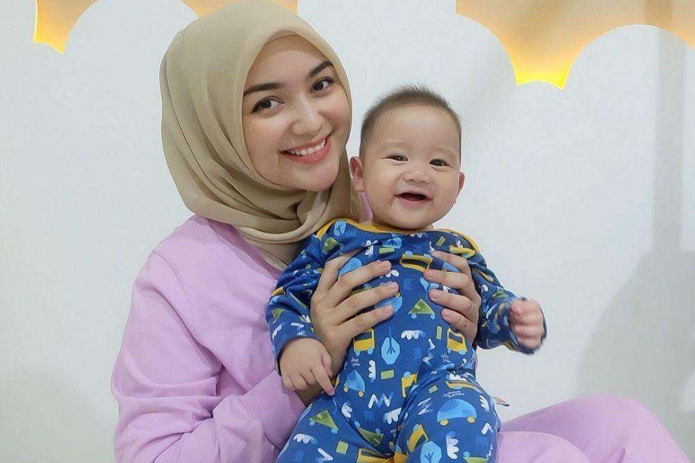 Potret Terkini Citra Kirana, Ibu Satu Anak yang Makin Kece