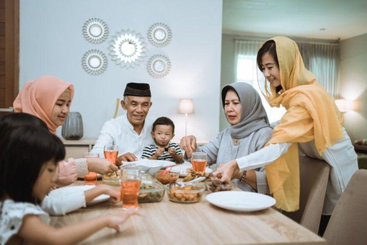 Ini 11 Cara Memuliakan Orangtua Menurut Ajaran Islam