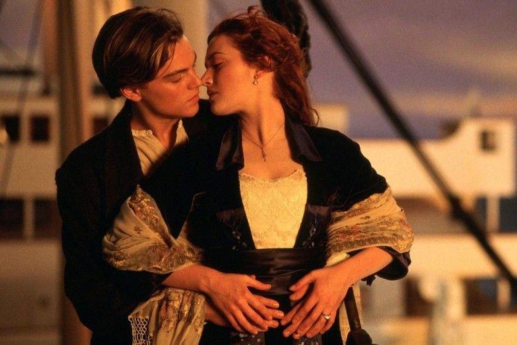 10 Adegan Telanjang di Film yang Paling Ikonik