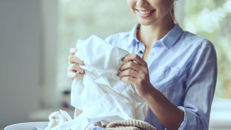 Tips Merawat Dress Satin Agar Tetap Awet