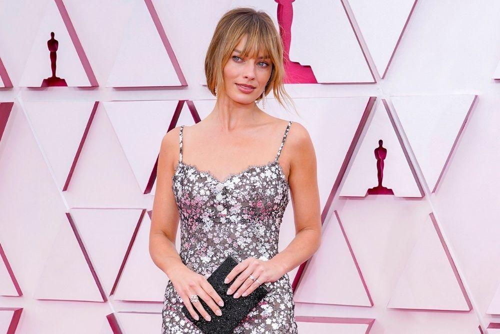 7 Makeup Terbaik di Ajang Oscar 2021, Memukau!