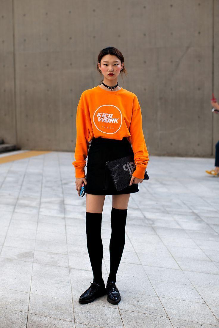 5 Inspirasi Tren Sweater Stylish, Patut Dicoba!