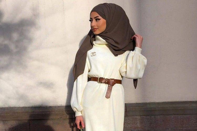 Inspirasi Busana Lebaran Pakai Baju Putih, Chic Banget!