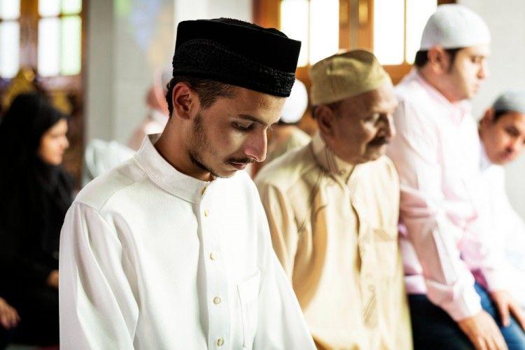 Permudah Ibadah, Bacaan Bilal Tarawih Lengkap dengan Jawaban Jamaah
