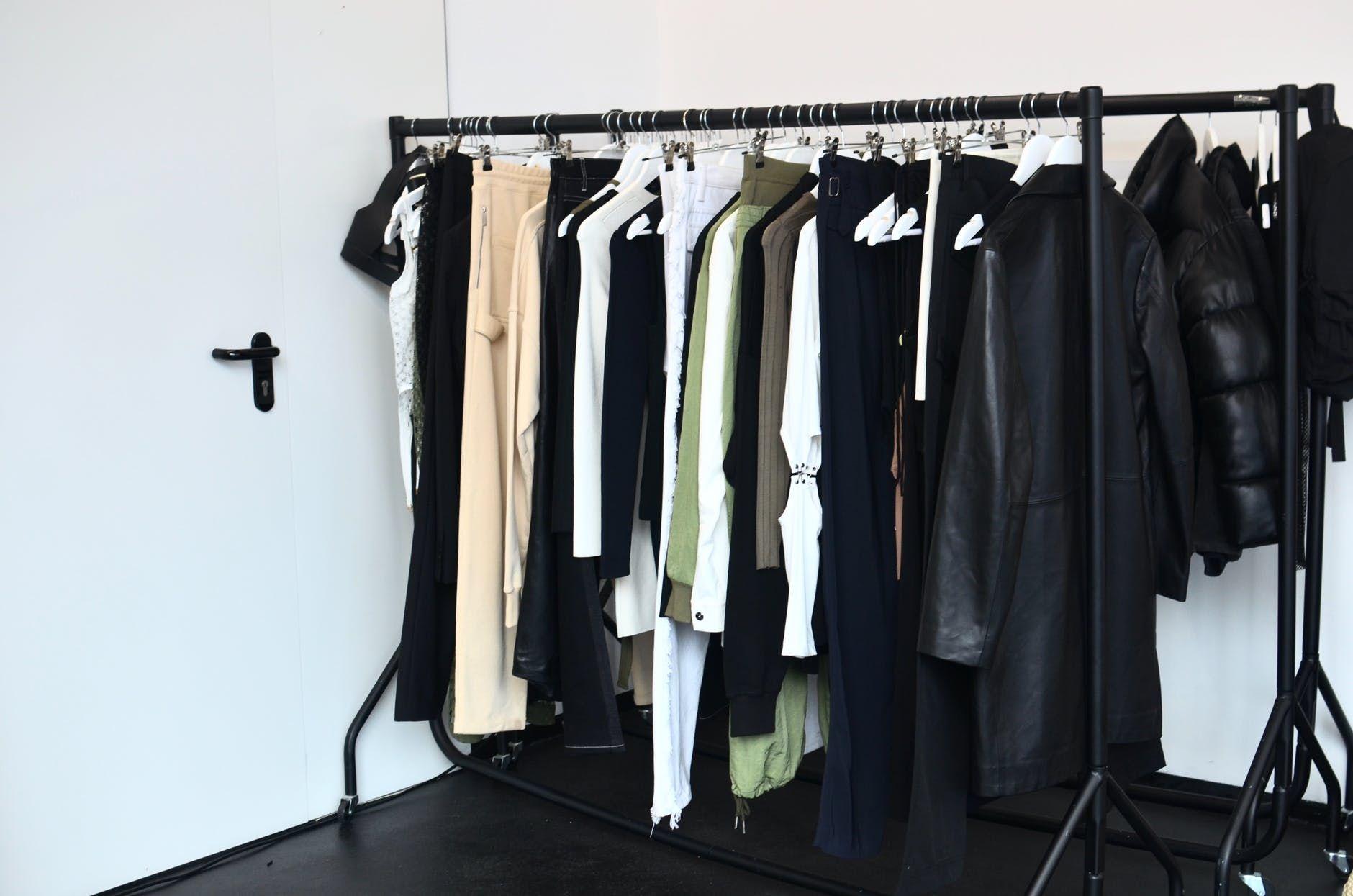 Masih Bingung? Ini Tips Menentukan Ukuran Baju yang Jitu