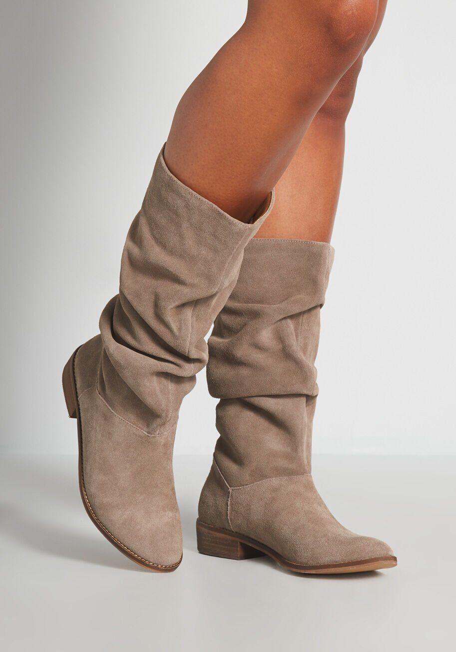 Perempuan Bertubuh Mungil, Ini 5 Jenis Sepatu yang Harus Kamu Hindari