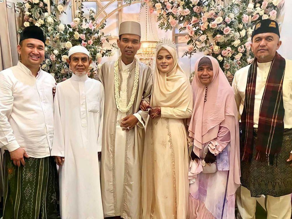 Beri Mahar Rp234 Juta, Intip 8 Foto Pernikahan Ustaz Abdul Somad