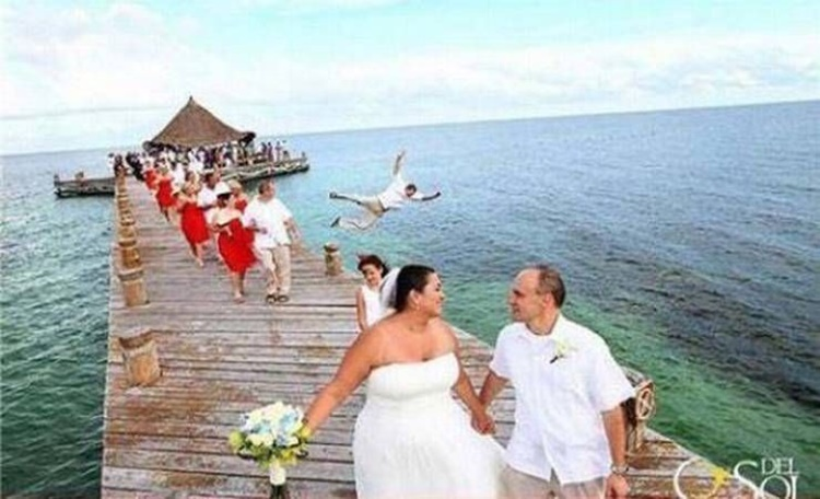 Kocak, 10 Potret Pernikahan Berkonsep Outdoor Ini Bikin Geleng Kepala