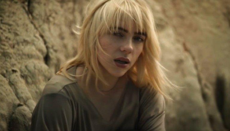 Dililit Anaconda, Ini Video Klip Terbaru Billie Eilish, Your Power