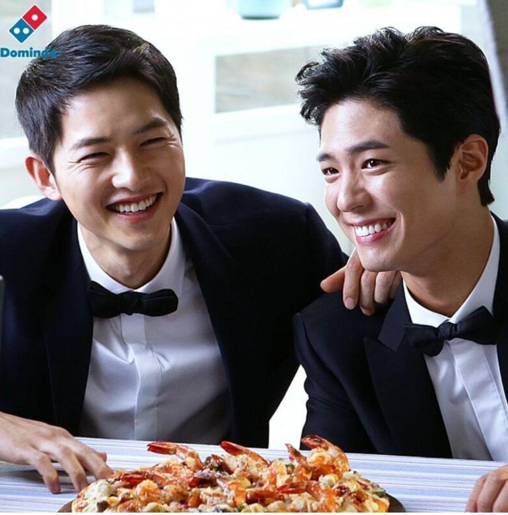 Friendship Goals! 9 Fakta Persahabatan Song Joong Ki dan Park Bo Gum