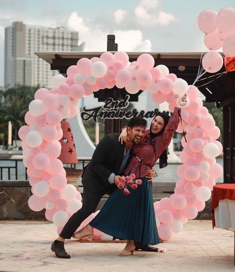 10 Momen Seru Ammar Zoni & Irish Bella Rayakan Anniversary Pernikahan