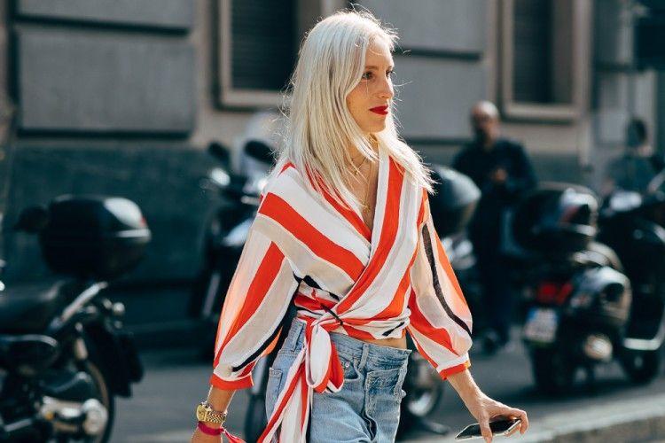 Inspirasi Gaya Outfit Menggunakan Stripe Top