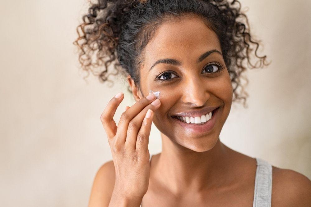 Pemilik Dry Skin Wajib Simak, Ini 5 Cara Menghidrasi Kulit Wajah