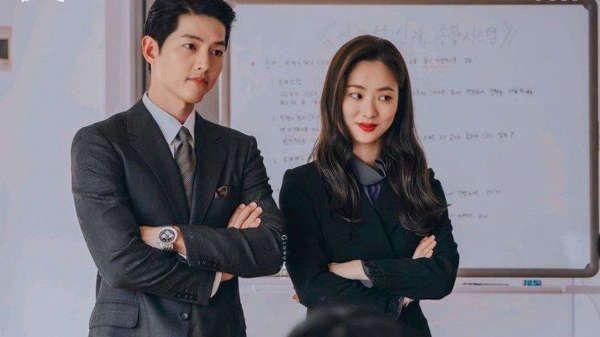 12 Potret Mesra Song Joong Ki-Jeon Yeo Bin vs Song Hye Kyo