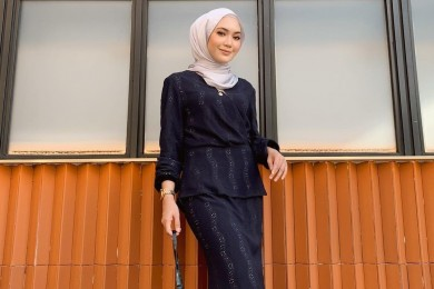 OOTD Feminin Hari Raya Baju Kurung Modern
