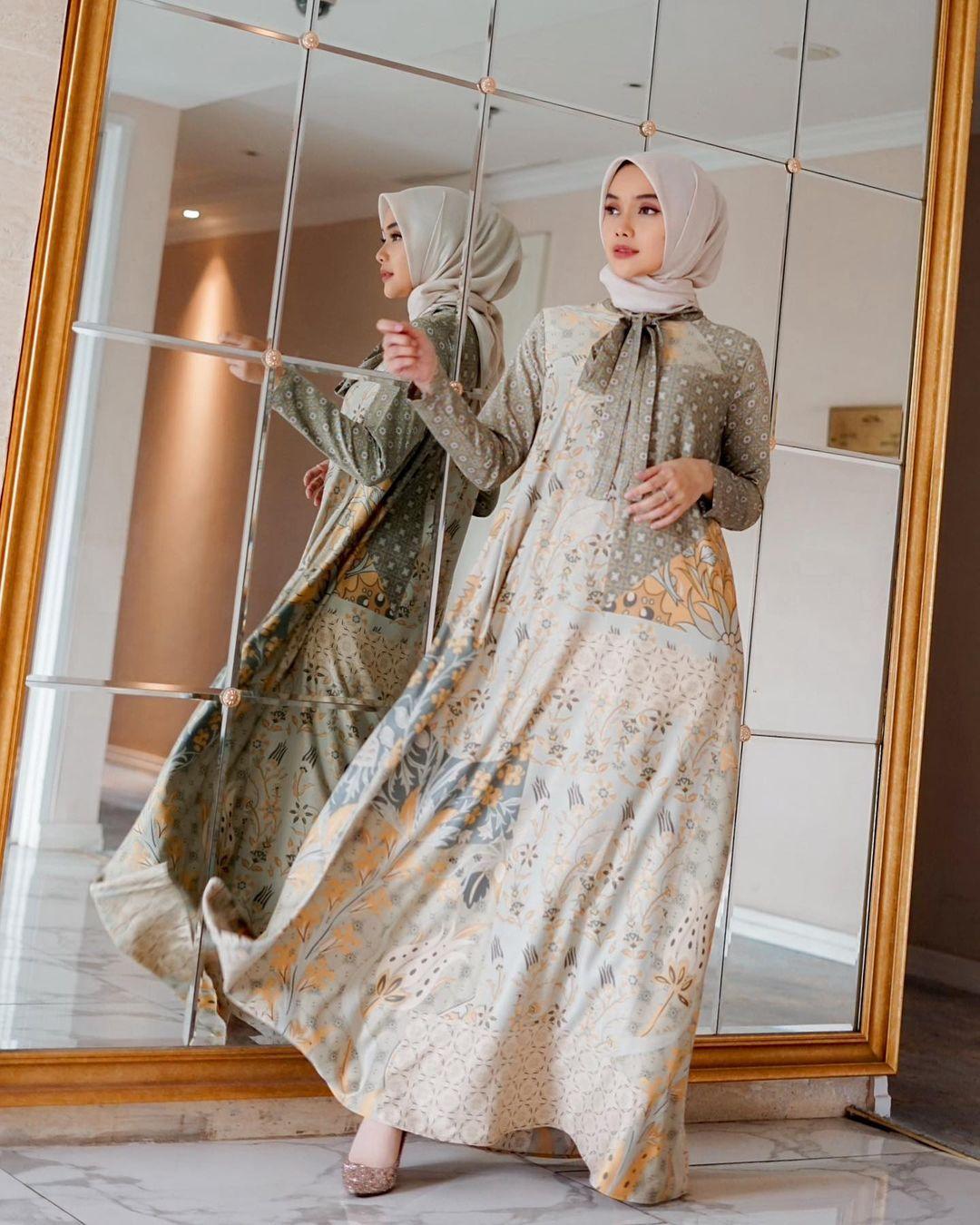 Inspirasi Model Baju Hijab Kekinian untuk Outfit Lebaran 2021