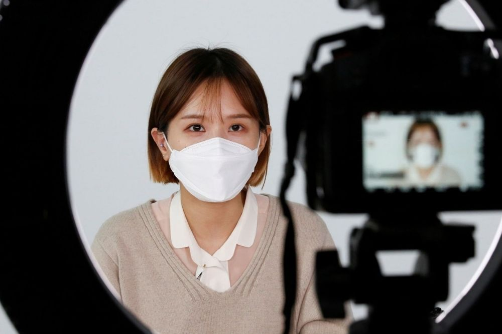 5 Tips Memilih Masker Anti Maskne, Say Bye-bye to Jerawat!