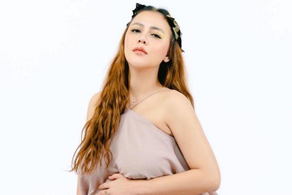 Diceraikan Ketika Hamil Besar, Intip 7 Potret Ratu Rizky Nabila