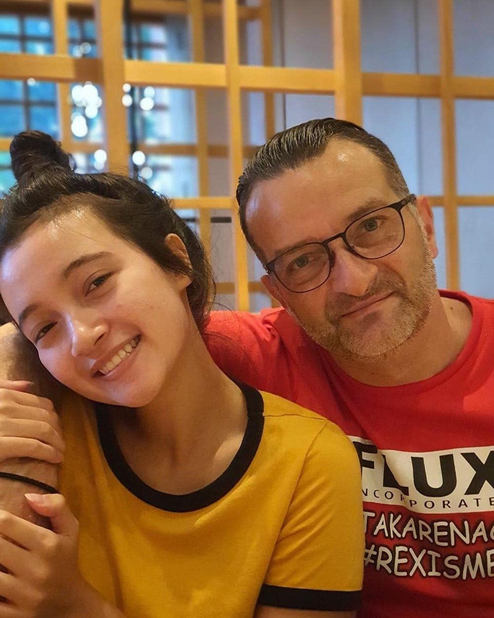 Disayang Banget! 9 Potret Kedekatan Megan Domani dan Ayah Bulenya