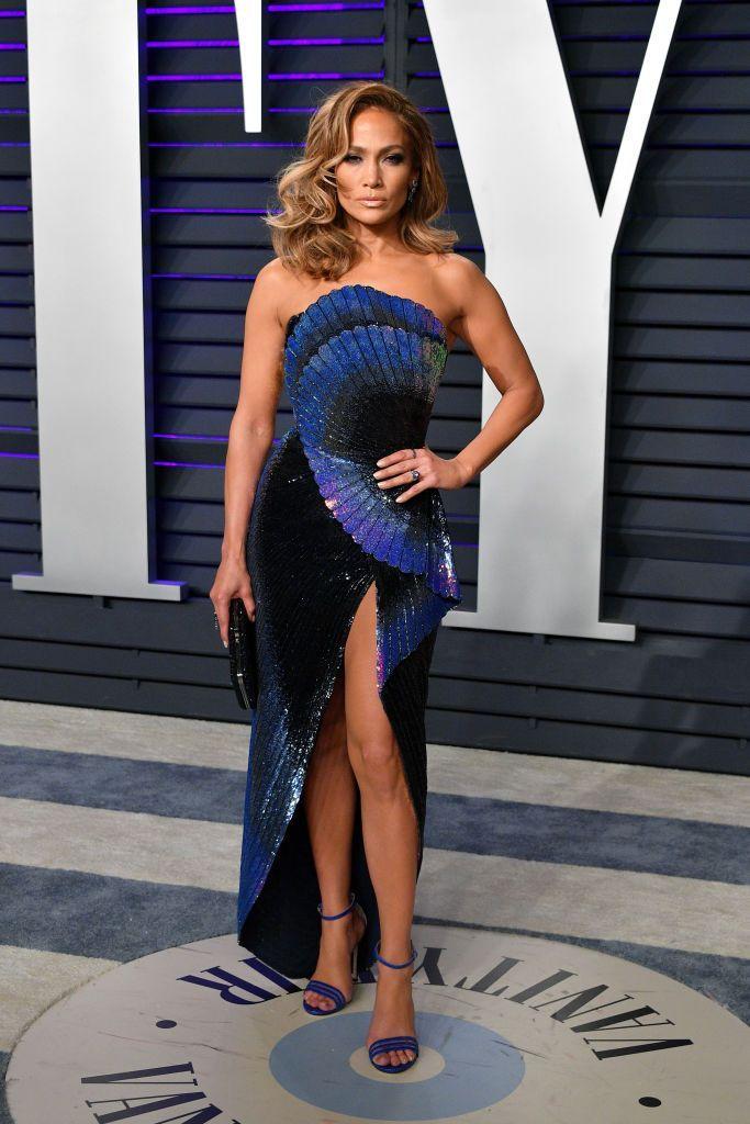 Gaya Viral Jennifer Lopez yangBikin Mantan Susah Move On