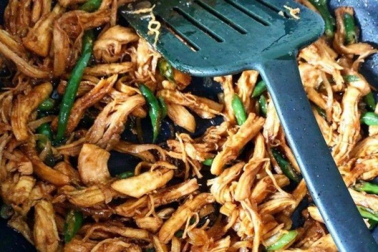 Resep Ayam Suwir Kecap yang Praktis dan Mudah Dibuat