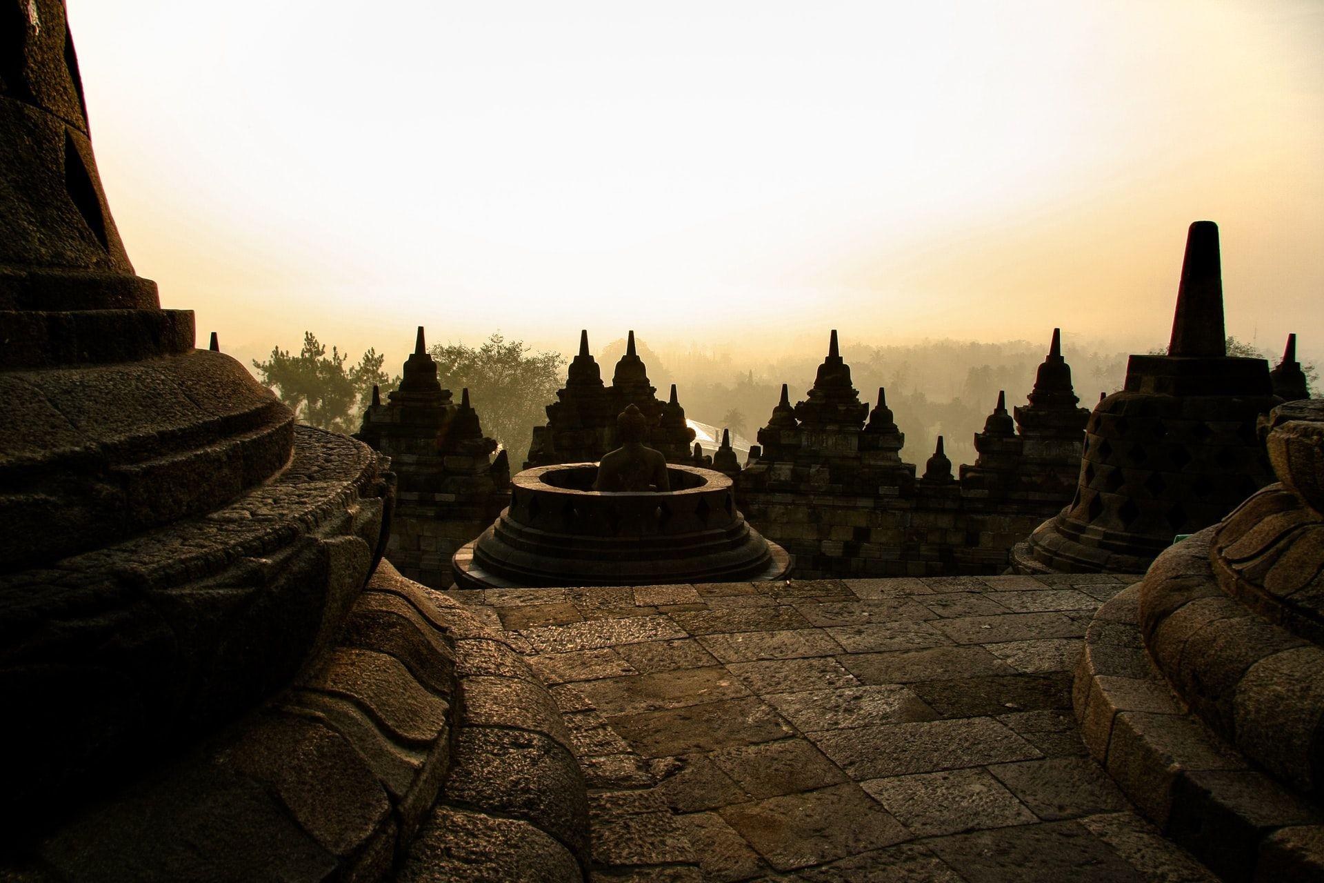 Info Wisata Candi Borobudur, Magelang: Sejarah, Rute dan Harga Tiket
