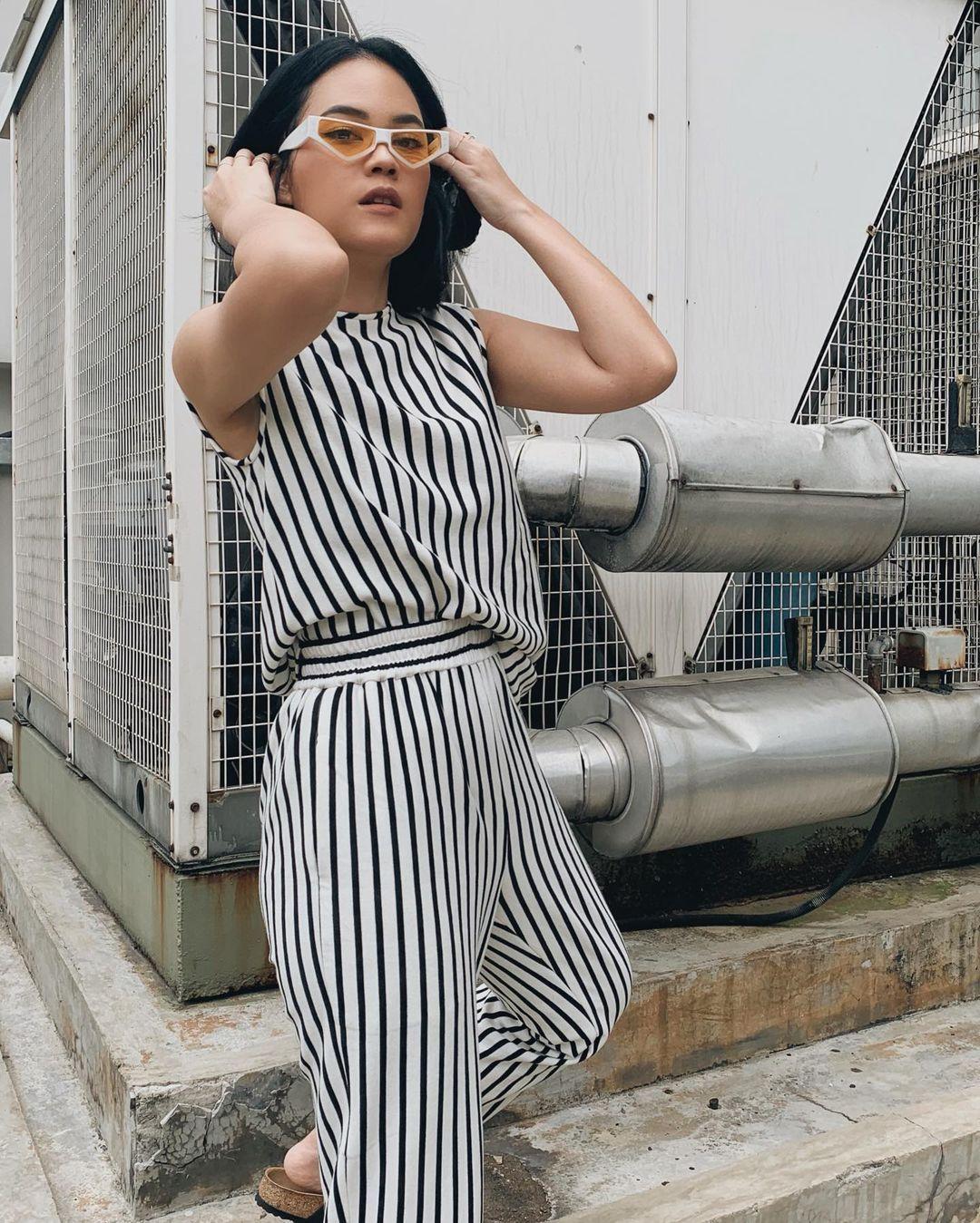 5 Fashion Item Wajib Anak Jaksel yang Sekarang Masih Trend