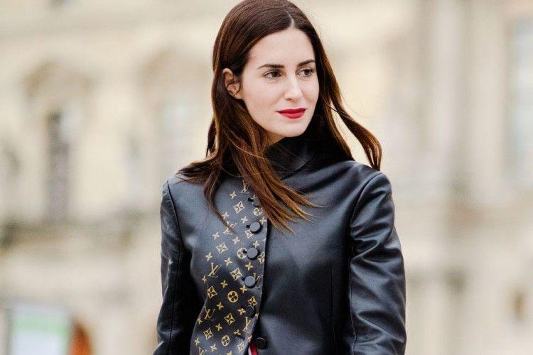 Tips Pakai Jaket Kulit Keren Seperti Fashionista
