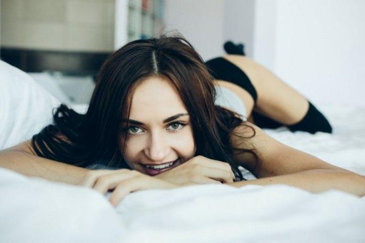 Wajib Coba, Ini 9 Posisi Masturbasi untuk Perempuan