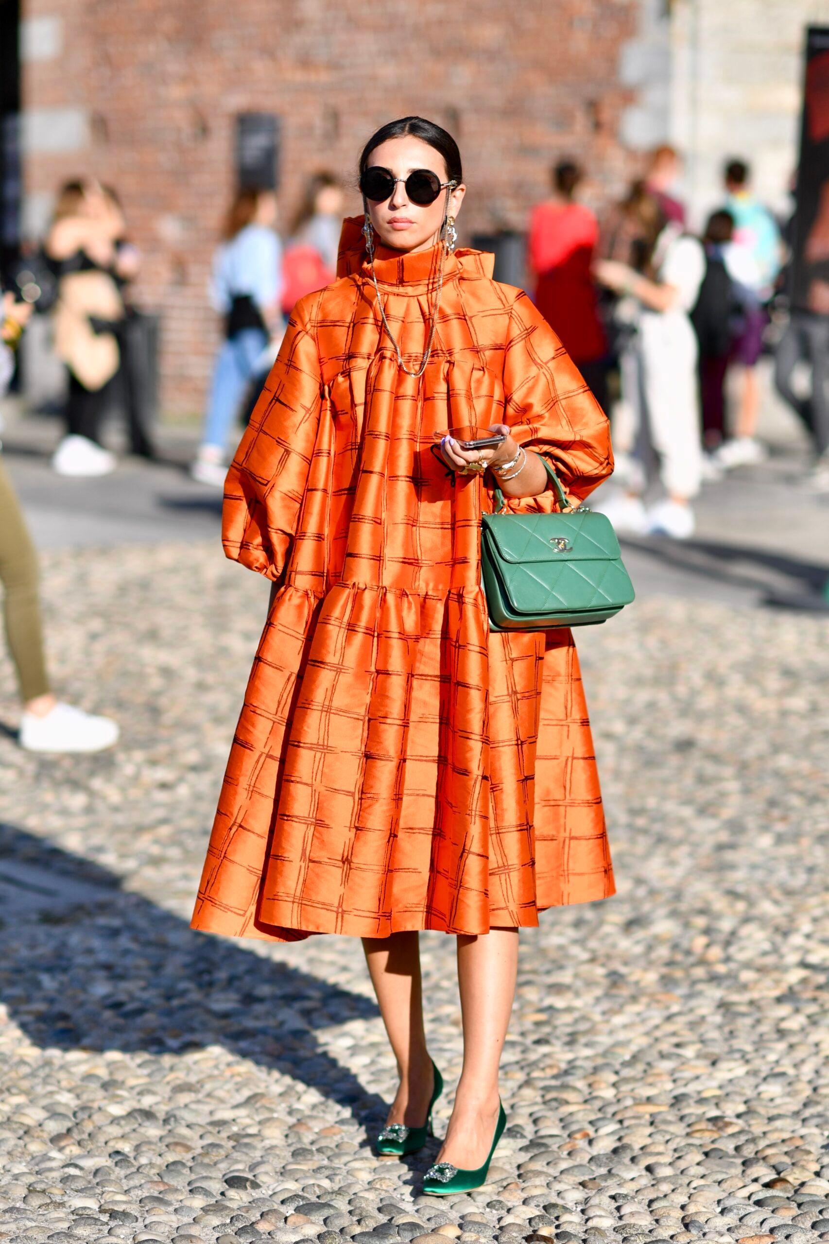 Orange! Warna Vibran untuk OOTD Kamu Selanjutnya