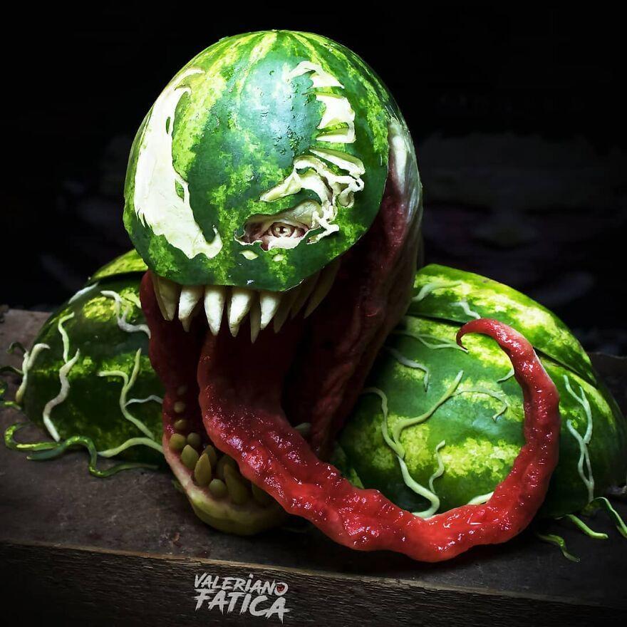 Kreatif! Inilah Hasil Karya Ukiran Keren dari Makanan