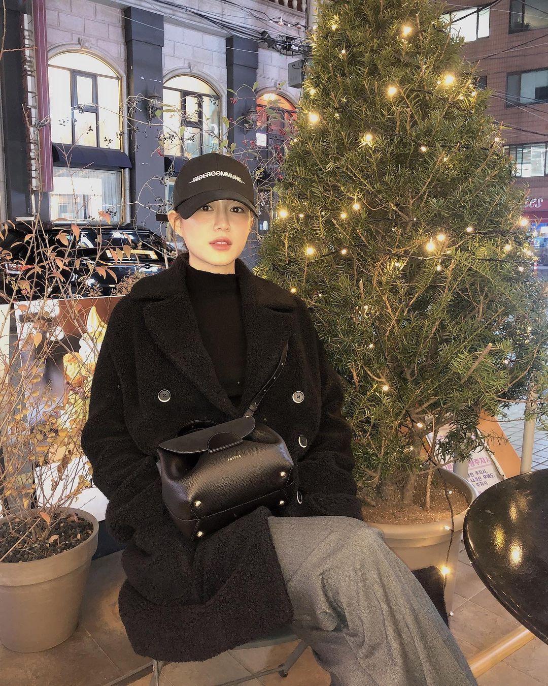 Intip GayaLee Da In, Aktris Korea yang Jadi Kekasih BaruLee Seung Gi