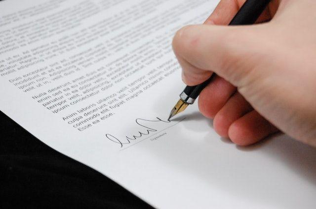 12 Contoh Surat Pengunduran Diri & Melepas Jabatan Secara Profesional