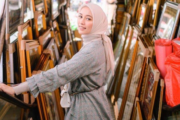 Jangan Asal Dicuci, Ini Cara Merawat Hijab Voal yang Benar