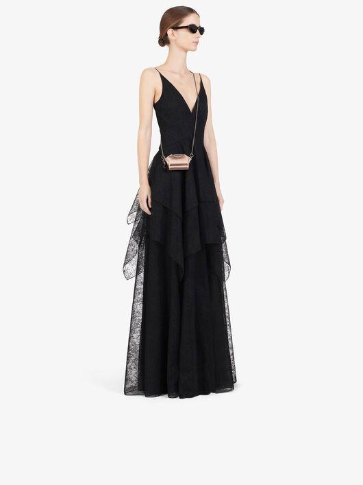 #PopbelaOOTD: Makin Manis saat Dinner Romantis dengan Dress Ini