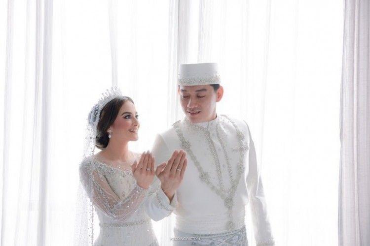 10 Momen Haru Pernikahan Ifan Seventeen dan Citra Monica