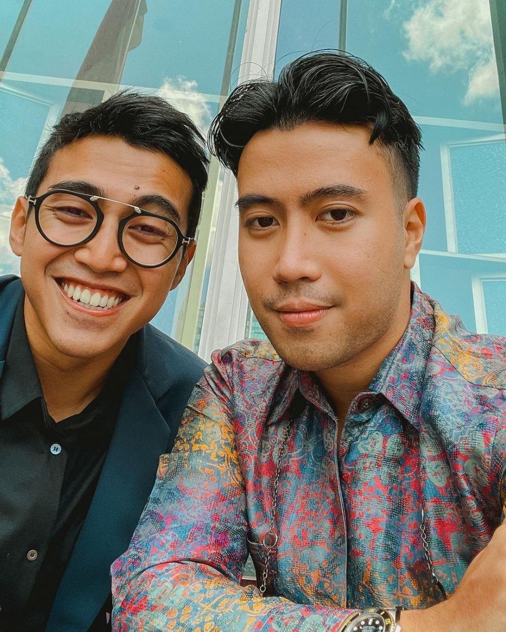 Sibling Panutan! 10 Artis Ini Dikenal Kompak Sama Kakak dan Adiknya