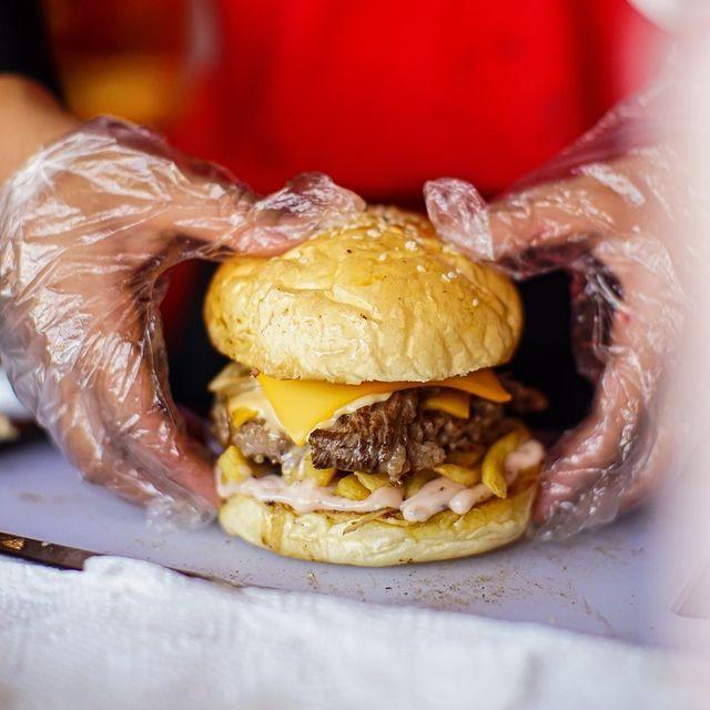 Bikin Ngiler, Ini Rekomendasi Burger Terenak di Semarang