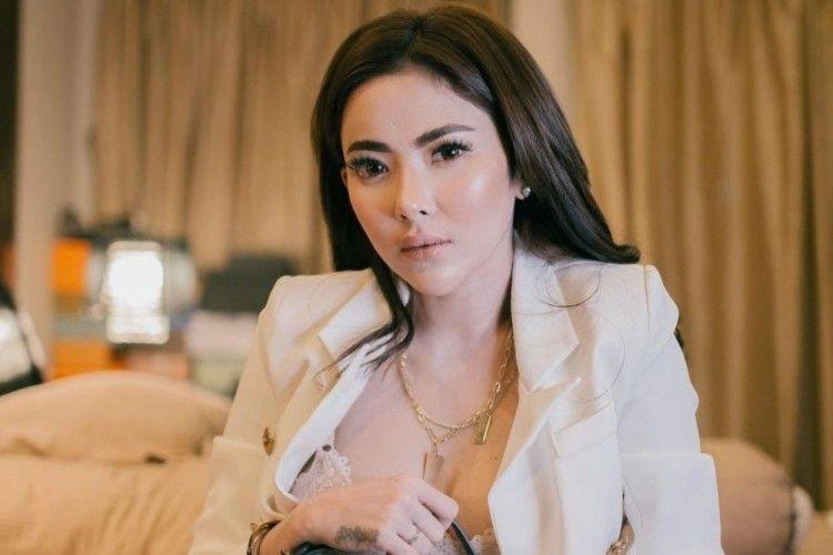 Profil Ayu Aulia, Model & Politikus yang Dekat dengan Vicky Prasetyo