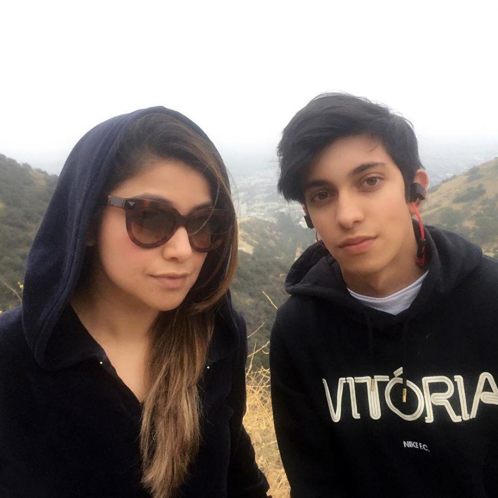 Sering Dikira Pacaran, Ini 10 Potret Sarah Azhari dan Putra Sulungnya