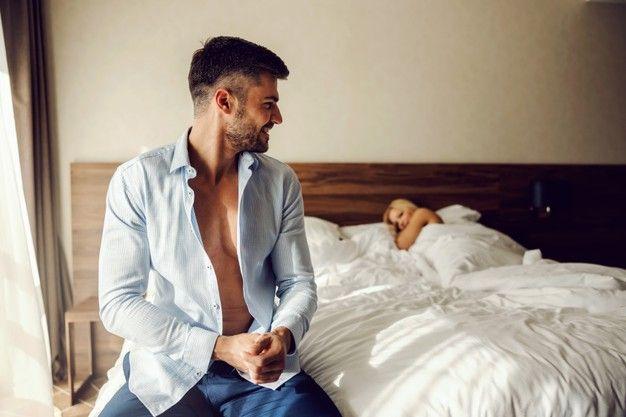 Selain Bikin Semangat, Ini 7 Manfaat Berhubungan Seks di Pagi Hari