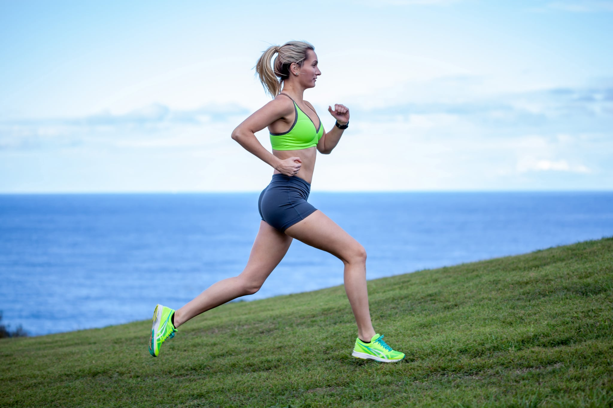 Tips Memilih Sepatu Lari yang Awet dan Nyaman di Kaki